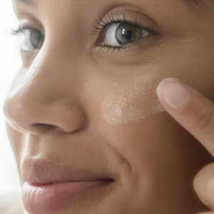Skincare moisturizers to hydrate the skin