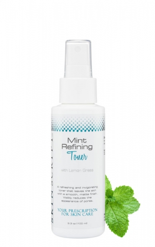 Skin Script Mint Refining Toner uses lemongrass as a natural astringent to tighten pores for smooth refreshed skin.